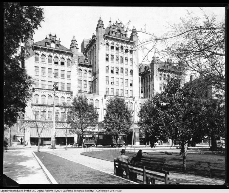 Pershing Square: 1905