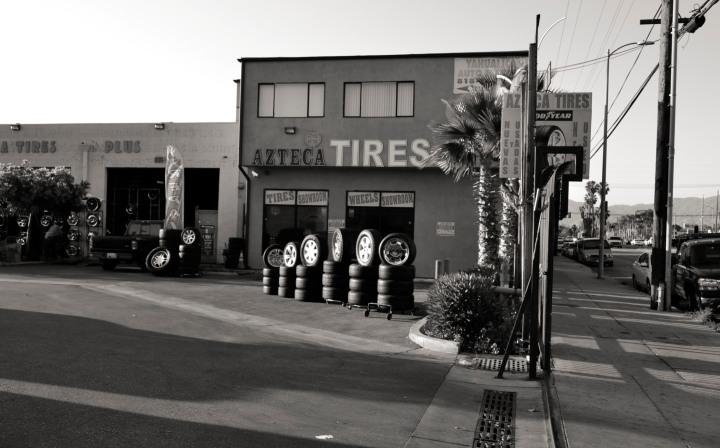 Azteca Tires