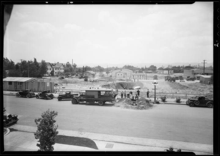 Construction_of_new_city_hall_Van_Nuys_Los_Angeles_CA_1932_image_2