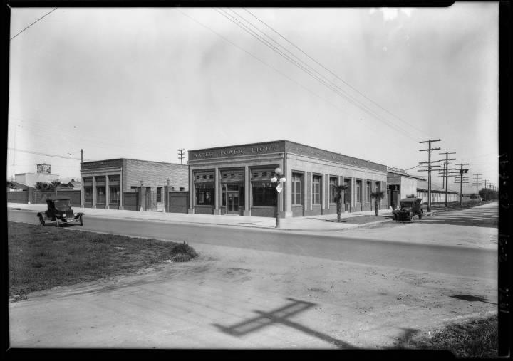 Wagner_Thoreson_scenes_at_Van_Nuys_Los_Angeles_CA_1926_image_2