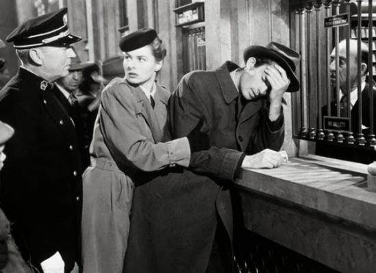spellbound-1945-alfred-hitchcock-ingrid-bergman-gregory-peck-train-station