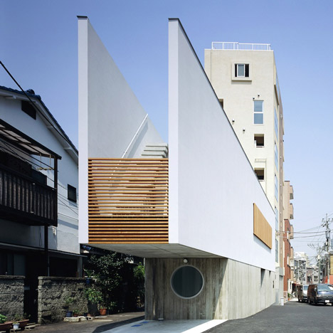 Switch-restaurant-and-residence-by-Apollo-Architects