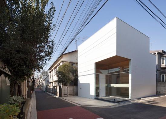 KKZ-House-by-International-Royal-Architecture_dezeen_ss_50