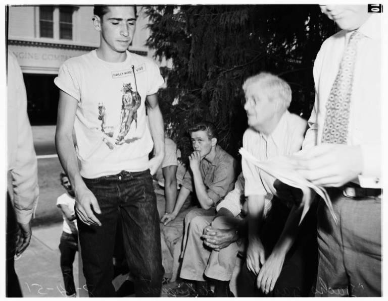 Juvenile_gang_1951-3