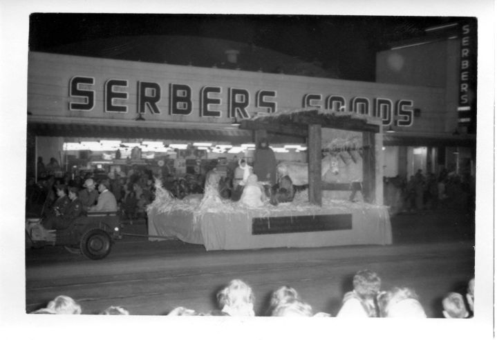 Serbers Foods. Hatteras and VNB. This building stood until 2014.