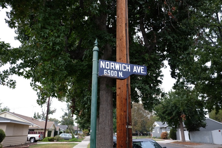 http://www.latimes.com/local/la-me-street-signs-20140816-story.html