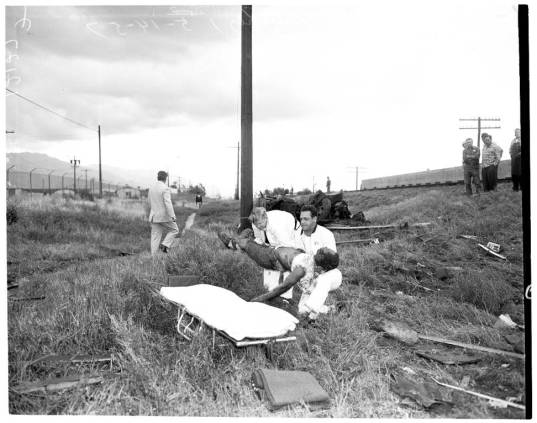 Train_vs_auto_accident_at_Vineland_Avenue_and_Vanowen_Street_1957