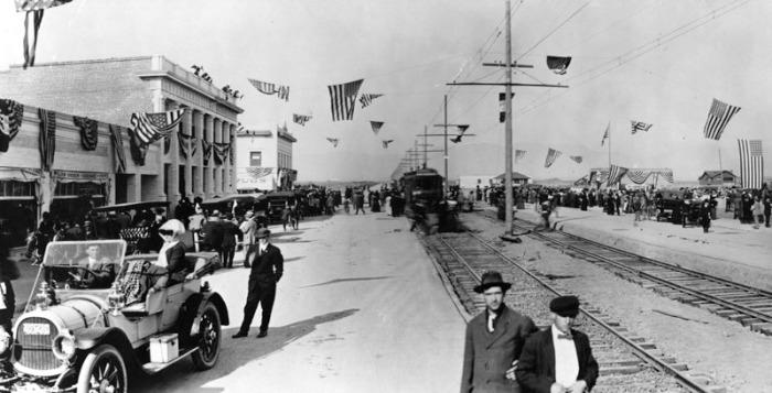 Van Nuys Blvd. Opening 1911. (DWP)
