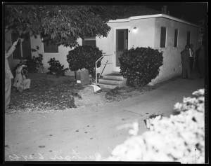 Shooting_murder_at_13944_Valerio_Street_Van_Nuys_1960-2