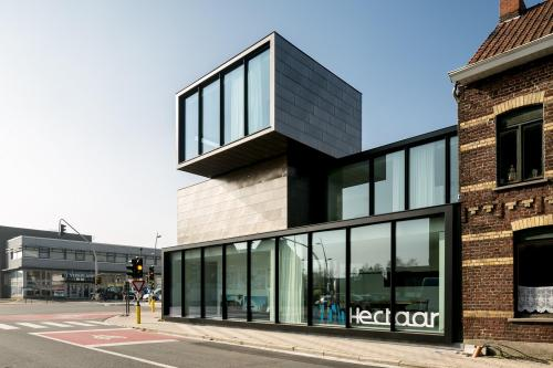 Location Belgium Roeselare/Office building HECTAAR - Photographer: Thomas De Bruyne – Cafeine