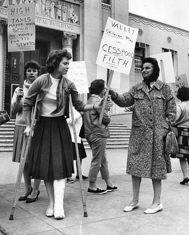 5/24/63: Cesspool Protest at Valley Municipal Building, Van Nuys, CA.