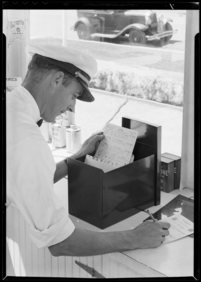 Stop_Wear_check_system_Union_Oil_Co_Southern_California_1933_image_1