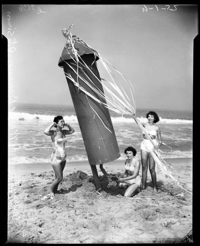 Fourth_of_July_advance_Ocean_Park_Beach_1952