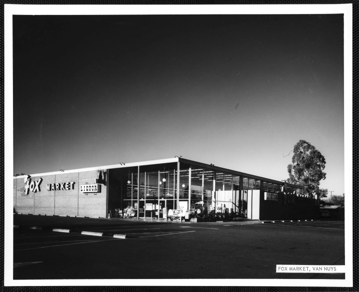 Fox_Market_Van_Nuys_California_ca1960s